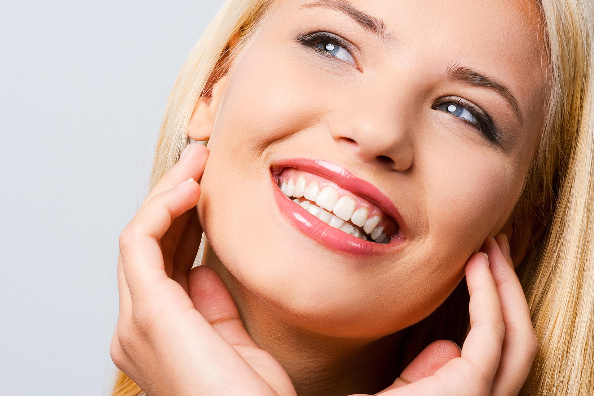 Cosmetic Dentistry Resin Veneers