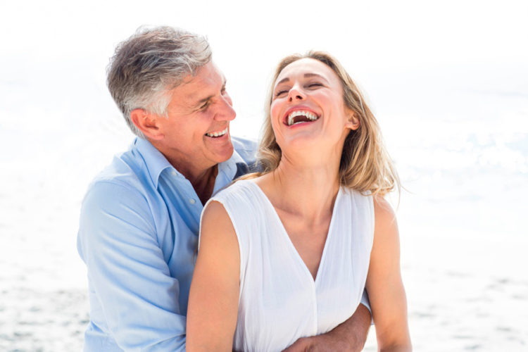 dental-vacation-couple
